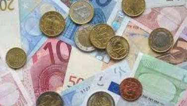 Comment l'UE a-t-elle renforcé les liens économiques entre les pays membres ?